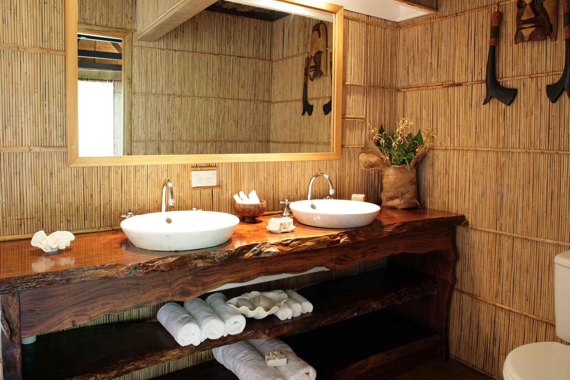 Treehouse Accommodation Fiji Island Resort